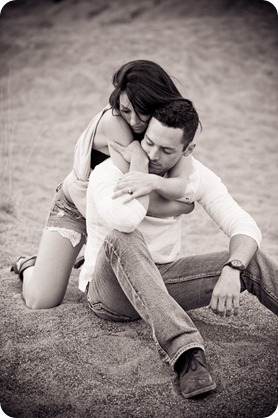 Amanda-and-Josh_desert-engagement-session_Okanagan-BC-portraits7944_by-Kevin-Trowbridge