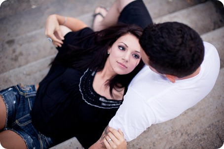 Amanda-and-Josh_desert-engagement-session_Okanagan-BC-portraits8485_by-Kevin-Trowbridge