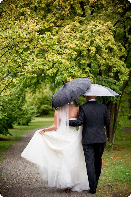 Jen and Don_wedding_Summerhill Winery_Kelowna_photography_vineyard_rain9313_by-Kevin-Trowbridge