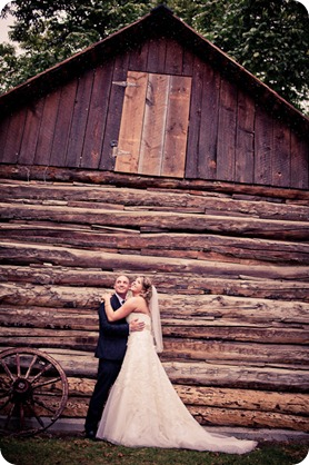Jen and Don_wedding_Summerhill Winery_Kelowna_photography_vineyard_rain9390_by-Kevin-Trowbridge