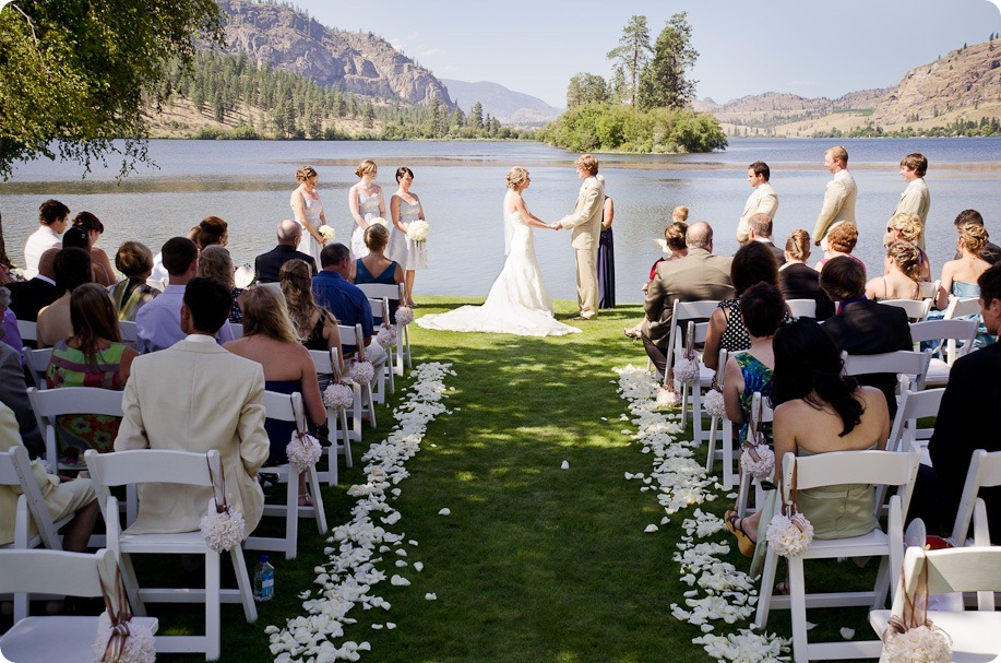 Julia and Dale_wedding_Vaseux-lake_Okanagan_summer_Hester Creek Winery_Oliver75486_by-Kevin-Trowbridge