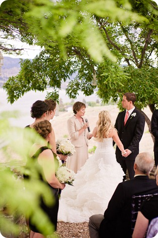Gods-Mountain-Estate-wedding-photography_Penticton-Okanagan2354_by-Kevin-Trowbridge