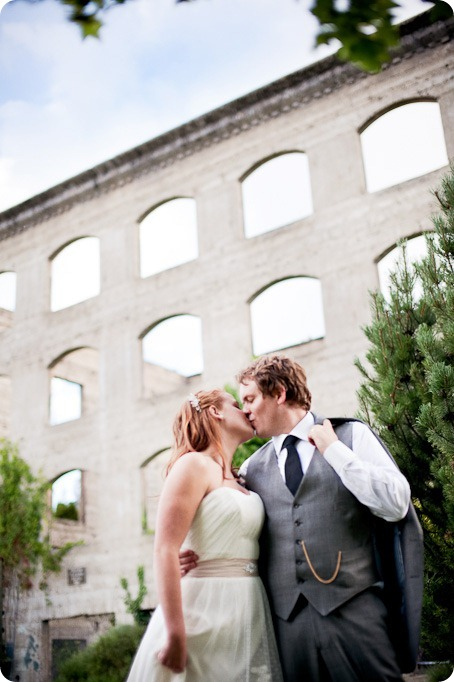 Linden-Gardens-wedding-photography_Kaleden-Okanagan_by-Kevin-Trowbridge-5
