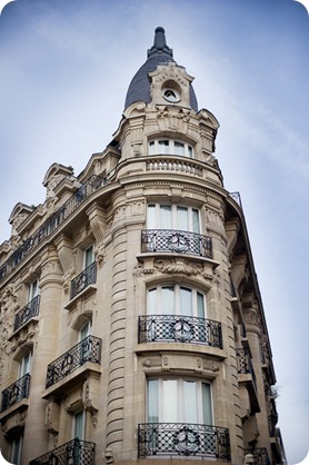 Paris-style-architecture-lifestyle0401_by-Kevin-Trowbridge