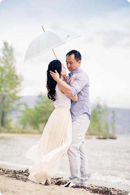 Road-13_Winery-engagement-portraits_Oliver-Okanagan_2_by-Kevin-Trowbridge-13