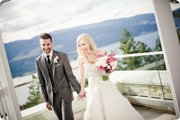 Sparkling-Hill-wedding-photography_Okanagan-BC_2776_by-Kevin-Trowbridge