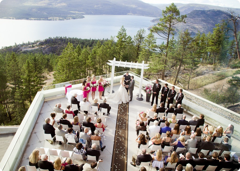 Sparkling-Hill-wedding-photography_Okanagan-BC_71573_by-Kevin-Trowbridge