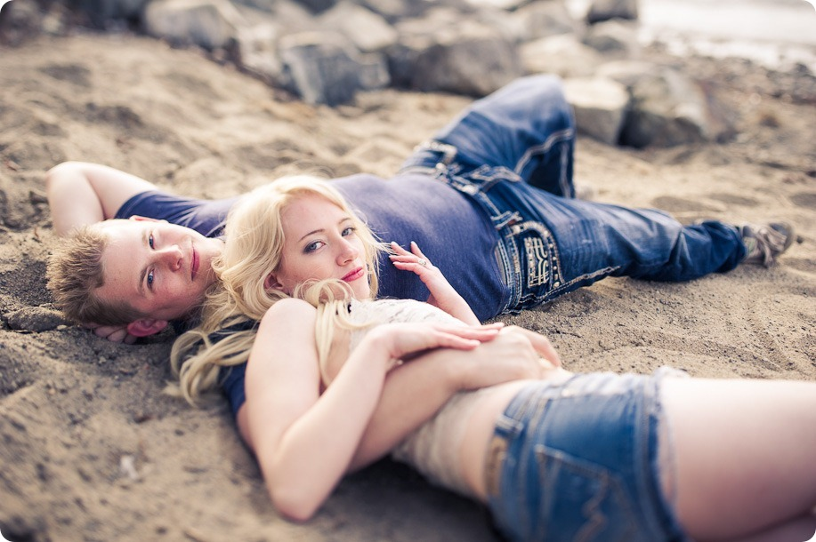 hotel-bedroom-beach-engagement-portraits_Kelowna4031_by-Kevin-Trowbridge