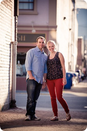 Kelowna-downtown-engagement_3203_by-Kevin-Trowbridge