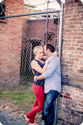 Kelowna-downtown-engagement_3551_by-Kevin-Trowbridge