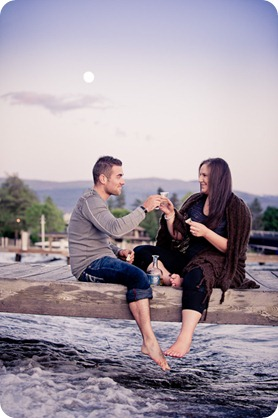 Vintage-car_Knox-Mountain_Lake_Beach-engagement-photos_Kelowna_Okanagan_wedding_6242_by-Kevin-Trowbridge