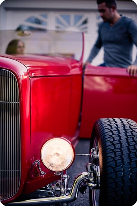 Vintage-car_Knox-Mountain_Lake_Beach-engagement-photos_Kelowna_Okanagan_wedding_6483_by-Kevin-Trowbridge