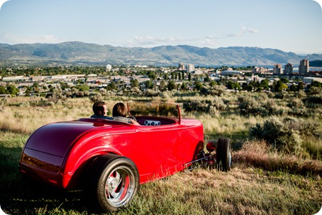 Vintage-car_Knox-Mountain_Lake_Beach-engagement-photos_Kelowna_Okanagan_wedding_6575_by-Kevin-Trowbridge