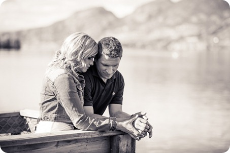penticton-engagement-session_lake-portraits04_by-Kevin-Trowbridge