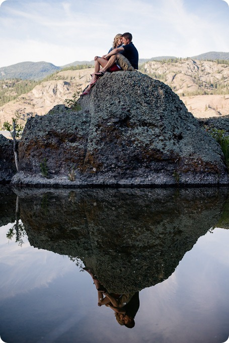 penticton-engagement-session_lake-portraits23_by-Kevin-Trowbridge