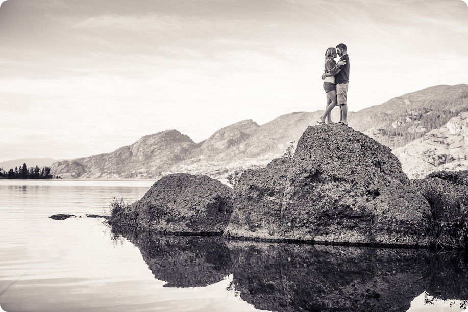 penticton-engagement-session_lake-portraits25_by-Kevin-Trowbridge