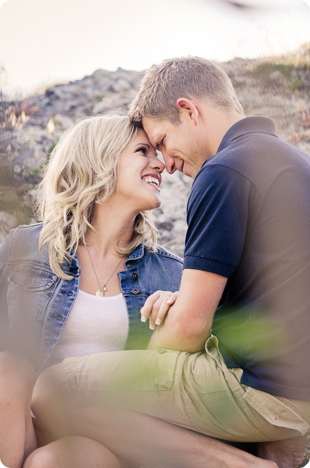 penticton-engagement-session_lake-portraits26_by-Kevin-Trowbridge