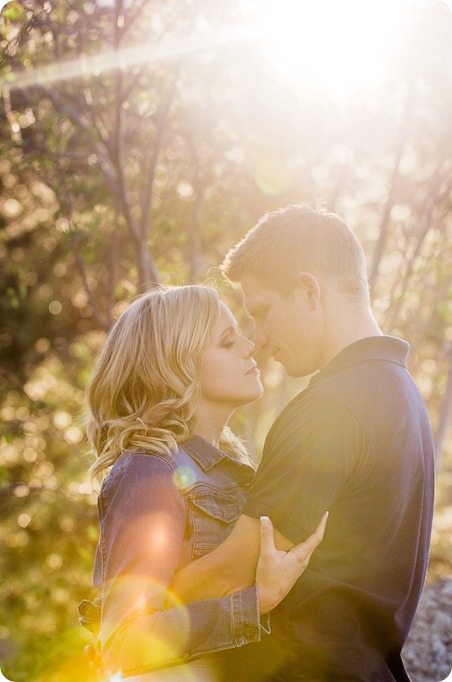 penticton-engagement-session_lake-portraits28_by-Kevin-Trowbridge