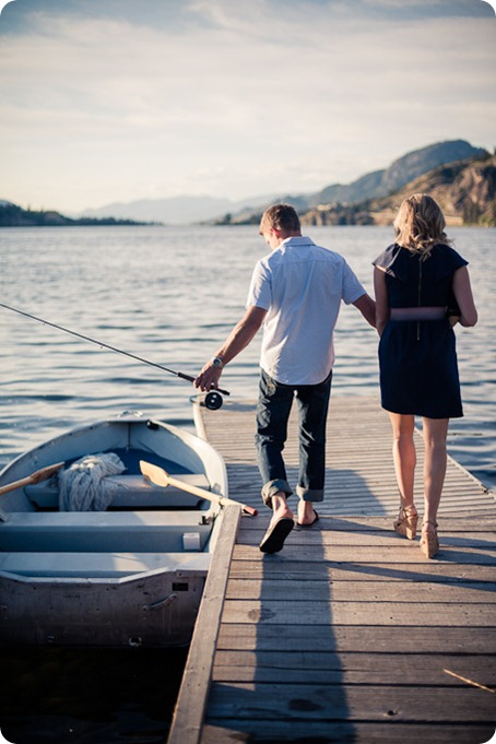 penticton-engagement-session_lake-portraits34_by-Kevin-Trowbridge