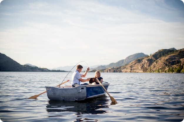 penticton-engagement-session_lake-portraits36_by-Kevin-Trowbridge