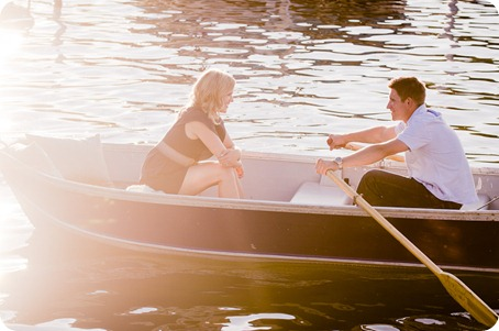 penticton-engagement-session_lake-portraits39_by-Kevin-Trowbridge