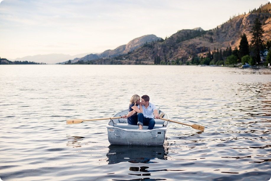 penticton-engagement-session_lake-portraits45_by-Kevin-Trowbridge