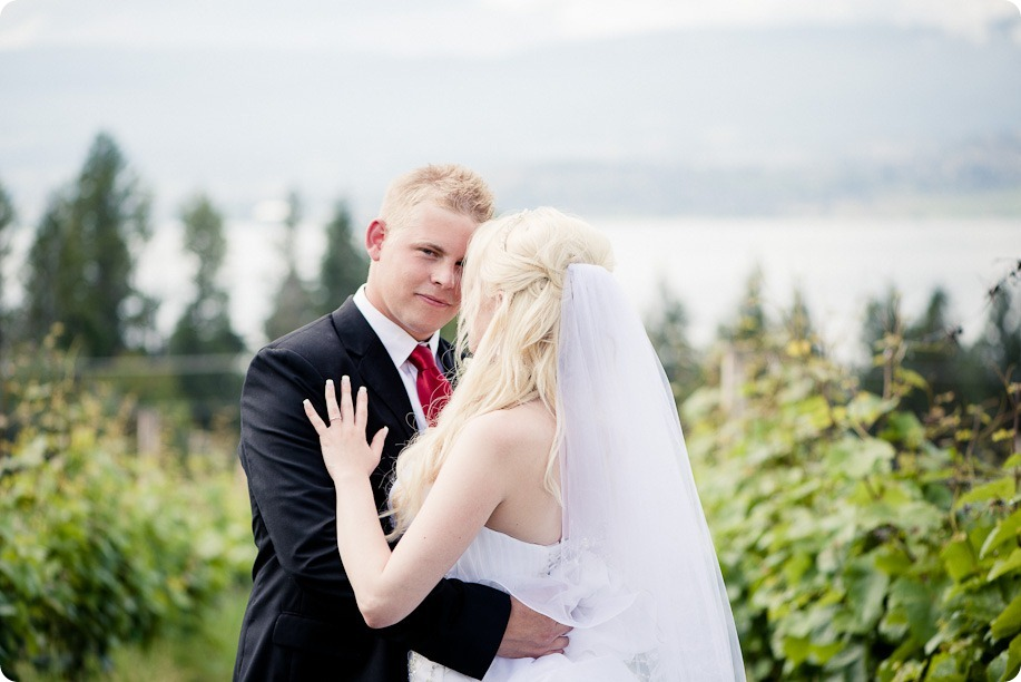 Kelowna-wedding_Summerhill-Winery_Delta-Grand-Resort25_by-Kevin-Trowbridge