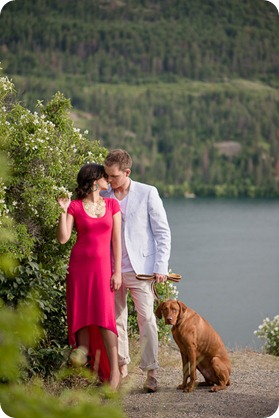 Vernon-engagement-photographer_lake-horse_11_by-Kevin-Trowbridge