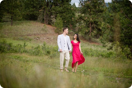 Vernon-engagement-photographer_lake-horse_16_by-Kevin-Trowbridge