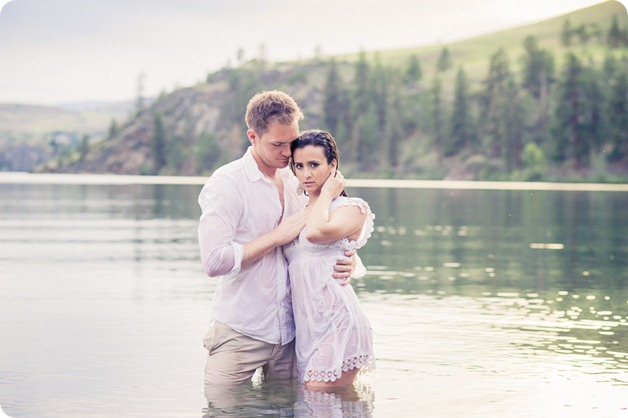 Vernon-engagement-photographer_lake-horse_62_by-Kevin-Trowbridge