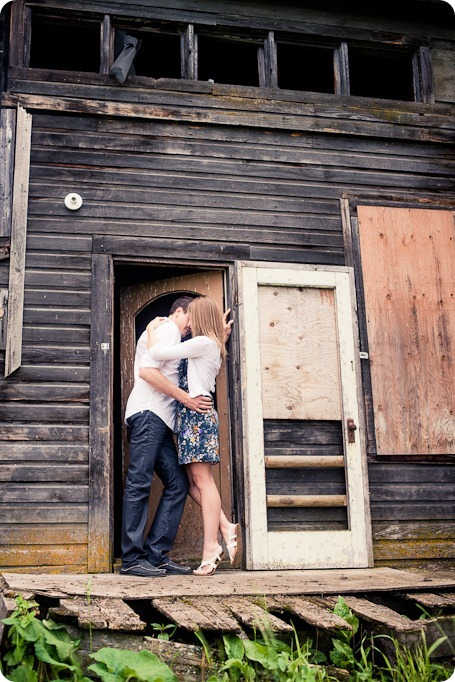 Vernon-engagement-session_family-homestead3731_by-Kevin-Trowbridge