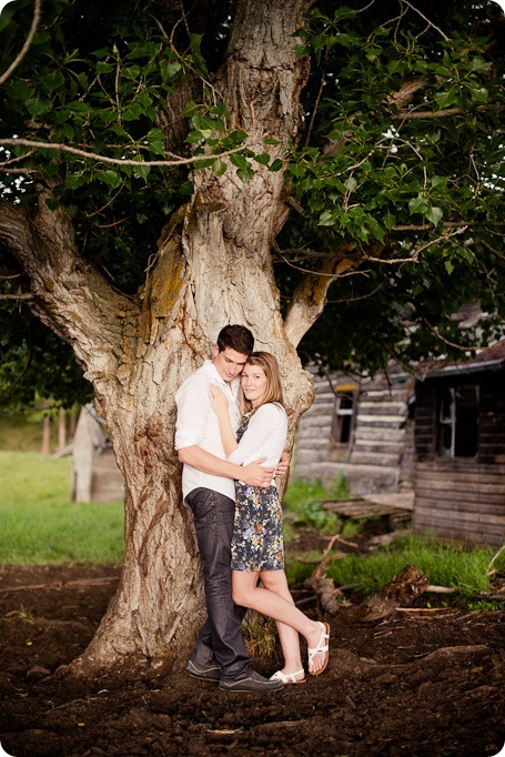 Vernon-engagement-session_family-homestead3819_by-Kevin-Trowbridge