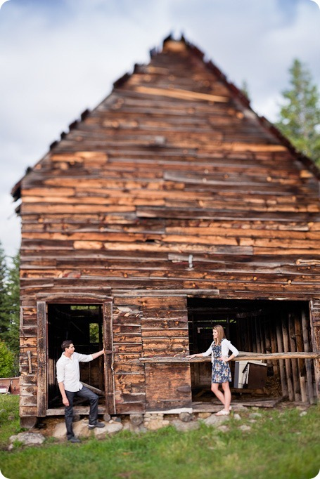 Vernon-engagement-session_family-homestead4007_by-Kevin-Trowbridge