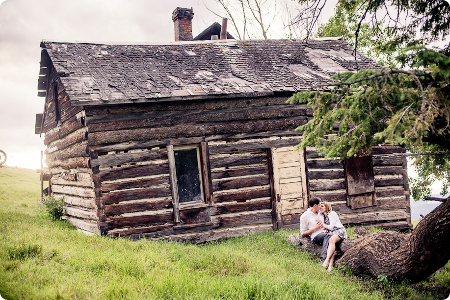 Vernon-engagement-session_family-homestead4214_by-Kevin-Trowbridge