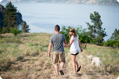 Okanagan-Lake-engagement-session_fun-couple-field-dog-wine01_by-Kevin-Trowbridge