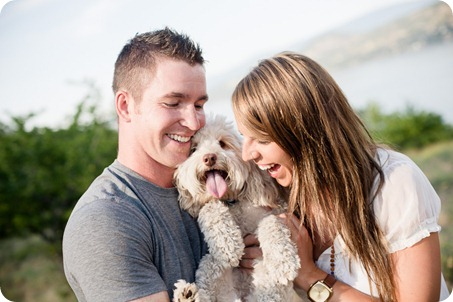 Okanagan-Lake-engagement-session_fun-couple-field-dog-wine05_by-Kevin-Trowbridge