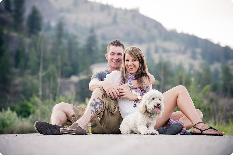 Okanagan-Lake-engagement-session_fun-couple-field-dog-wine18_by-Kevin-Trowbridge