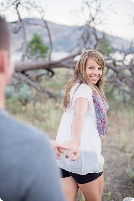 Okanagan-Lake-engagement-session_fun-couple-field-dog-wine35_by-Kevin-Trowbridge