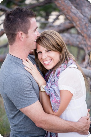 Okanagan-Lake-engagement-session_fun-couple-field-dog-wine43_by-Kevin-Trowbridge