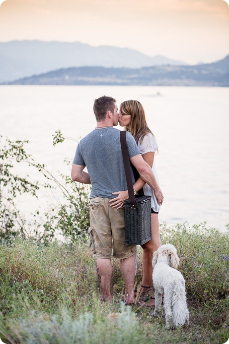 Okanagan-Lake-engagement-session_fun-couple-field-dog-wine50_by-Kevin-Trowbridge