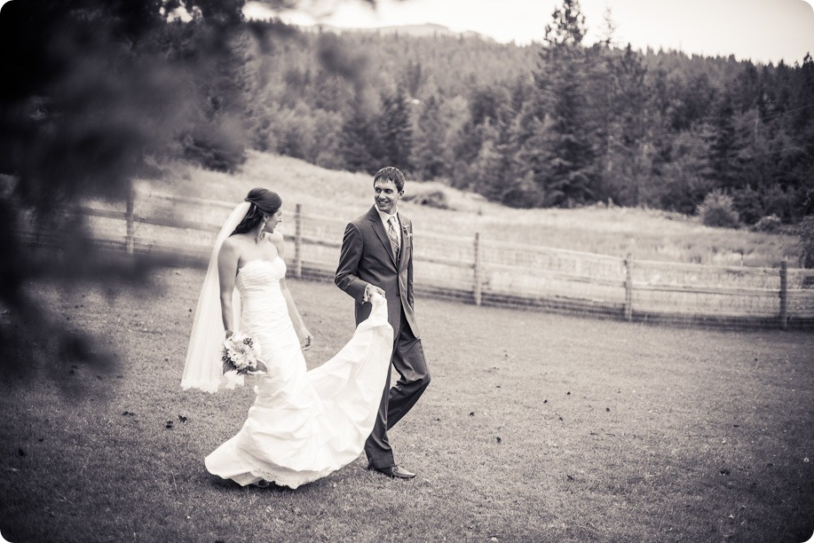 the harvest_kelowna_wedding_photography48_by-Kevin-Trowbridge