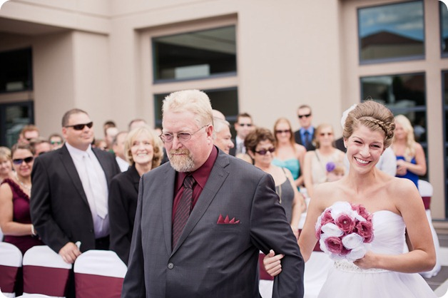 Kelowna-Delta-Grand-Wedding-homestead-Vernon_31_by-Kevin-Trowbridge