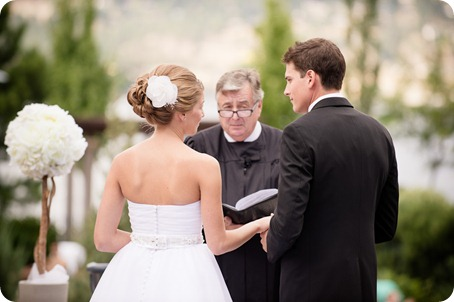 Kelowna-Delta-Grand-Wedding-homestead-Vernon_34_by-Kevin-Trowbridge