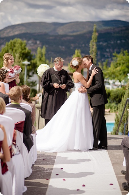 Kelowna-Delta-Grand-Wedding-homestead-Vernon_50_by-Kevin-Trowbridge