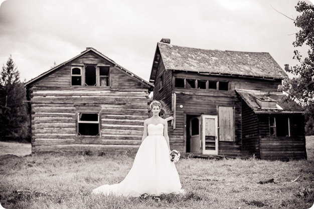 Kelowna-Delta-Grand-Wedding-homestead-Vernon_89_by-Kevin-Trowbridge