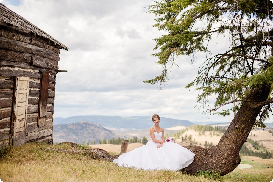 Kelowna-Delta-Grand-Wedding-homestead-Vernon_98_by-Kevin-Trowbridge