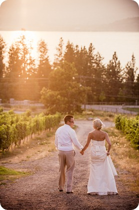 vintage-summerhill-schoolhouse-wedding-Kelowna_175_by-Kevin-Trowbridge