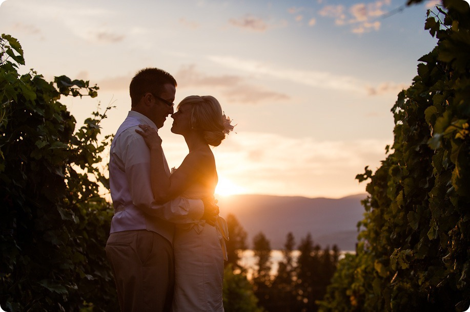 vintage-summerhill-schoolhouse-wedding-Kelowna_185_by-Kevin-Trowbridge