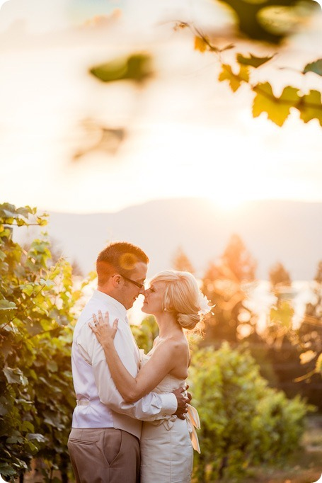 vintage-summerhill-schoolhouse-wedding-Kelowna_186_by-Kevin-Trowbridge