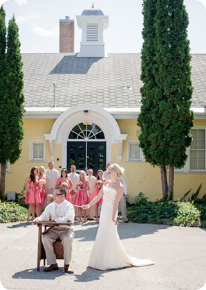 vintage-summerhill-schoolhouse-wedding-Kelowna_38_by-Kevin-Trowbridge